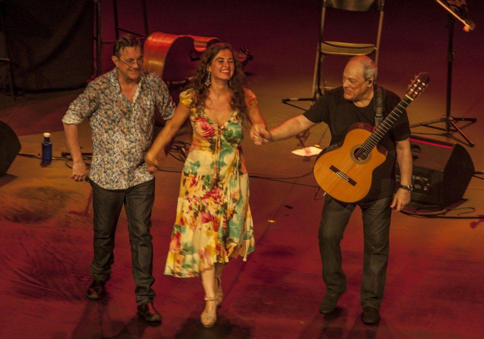 Toquinho, Silvia Perez Cruz y Javier Colin